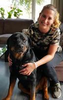 """Amera met haar hond Jinx. ,,Ze hield ontzettend van dat beest."""""""