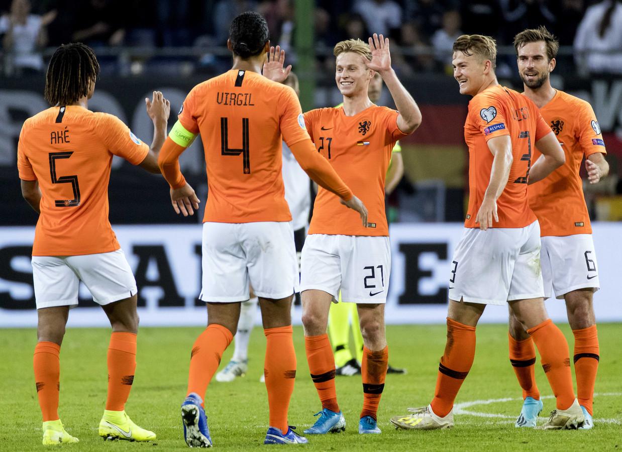 Virgil van Dijk kijkt voldaan terug op wedstrijd tegen ...