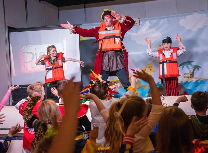 Kinder-carnavalsfeest in het dorpshuis Acht