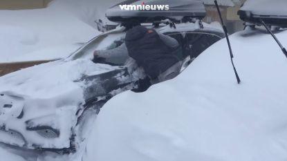VIDEO. Dit skigebied in Oostenrijk is helemaal ondergesneeuwd