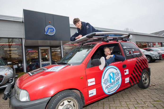 Bart Aalderink en Bart van Asselt doen mee aan de Noordkaap Challenge. © Maarten Sprangh