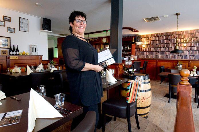 Joanne Meulenveld toen zij in eigenaar werd van Grand Café De Gracht.