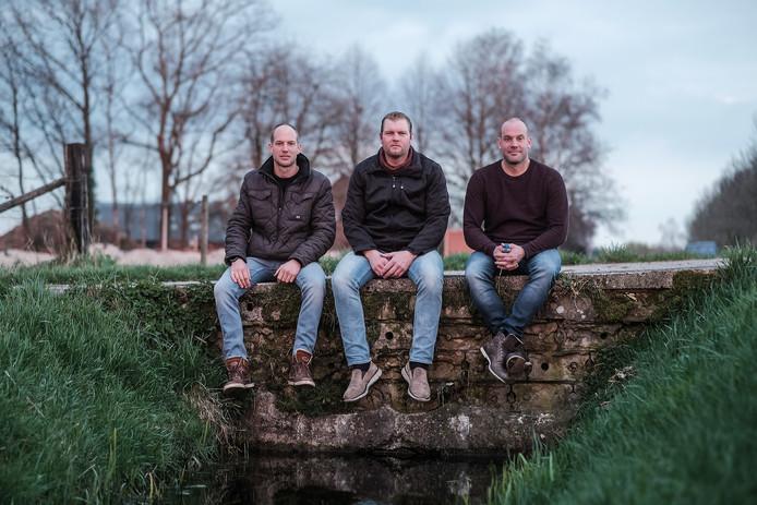 De initiatiefnemers van het actiecomité in de Greffelkamp met van links naar rechts  Barry Loeters, Richard Peters en Ronnie Loeters.