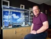 André de Jong bouwt schaalmodel van 'rampzalige' hefbrug in Boskoop