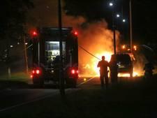 Auto in Nijkerk vat vlam tijdens het rijden