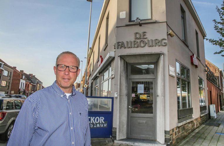 Miguel Deloddere blaast het oude café nieuw leven in.