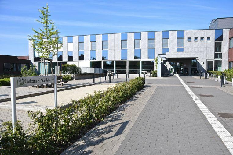 Ook in het gemeentelijk woonzorgcentrum Elckerlyc in  Wevelgem is voorlopig geen bezoek meer toegelaten.