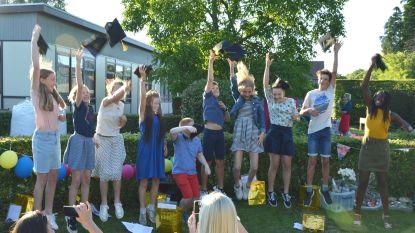 Tien leerlingen studeren af in De Kleine Wereld in Kapellen
