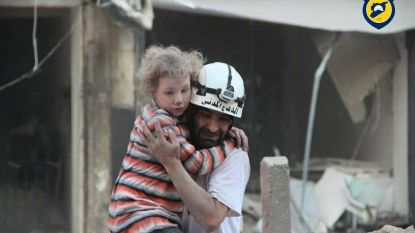 Honderden 'Witte Helmen' uit Syrië gehaald