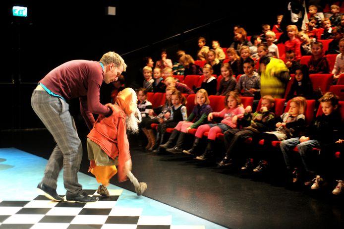 De Vriendelijke Draak, een voorstelling van Theater Gnaffel in Zwolle.
