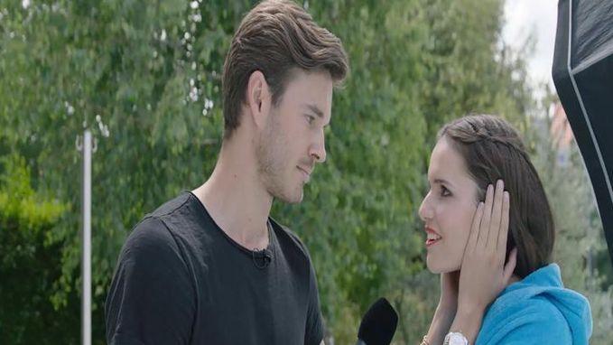 VIDEO: Miss België probeert het 'Antwààrps' onder de knie te krijgen, maar verliest zich in de ogen van onze reporter