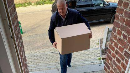 Lions Ninove schenken laptops aan kwetsbare jongeren in jeugdhulp