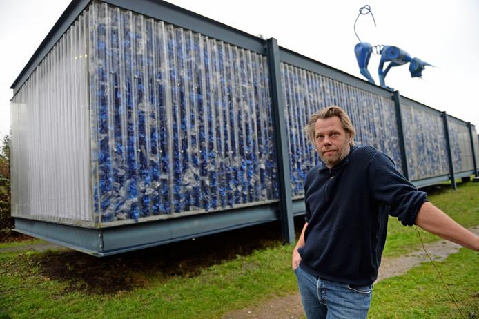PET-Paviljoen wordt Stork-paviljoen en verhuist naar Hengelo, laat architect en initiatiefnemer Michiel de Wit weten.