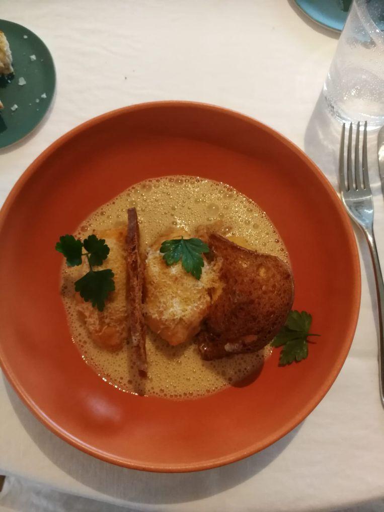 Le Cou Cou Bellegem: quenelle van kabeljauw en rivierkreeft, met quinoa en venkel