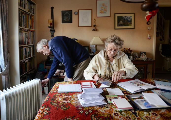Een echtpaar probeert in 2014 met een elektrische verwarming het huis warm te krijgen na een 'gasinfarct' in Anklaar.