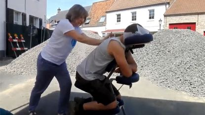 Bijzondere middagpauze: wegenwerkers getrakteerd op massage... op de werf
