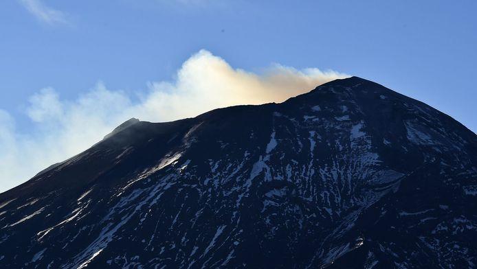De vulkaan tijdens een eerdere uitbarsting.
