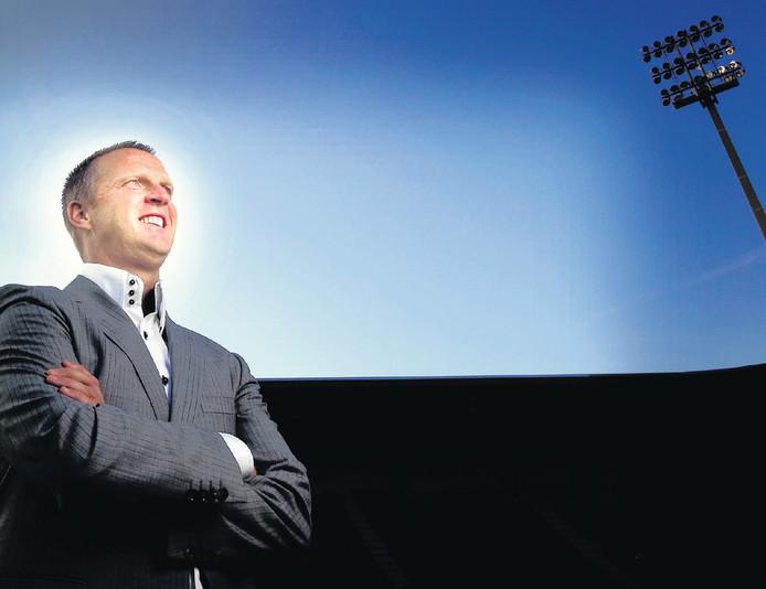 Van den Brom laat zich niet uit over Vitesse. 'Dat is niet netjes tegenover ADO.' © EVERT-JAN DANIËLS