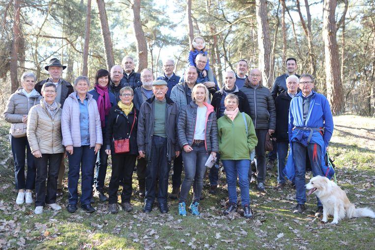 Vrijwilligers die de wandelpaden in Mol onderhouden