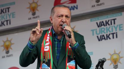 """Erdogan noemt zijn politieke tegenstander een """"terrorist"""""""