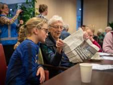 Voorstelling Kletskoek brengt kinderen in Gendt in contact met ouderen: 'Ik was best ondeugend als kind'