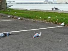 Vissen raken verstikt en schepen lopen schade op: Rotterdamse haven begint actie tegen zwerfafval