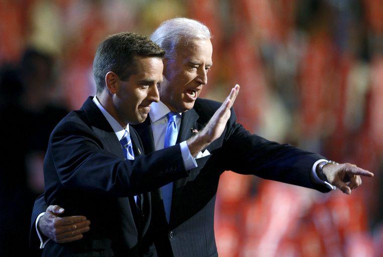 Biden met zijn zoon Beau in 2008.