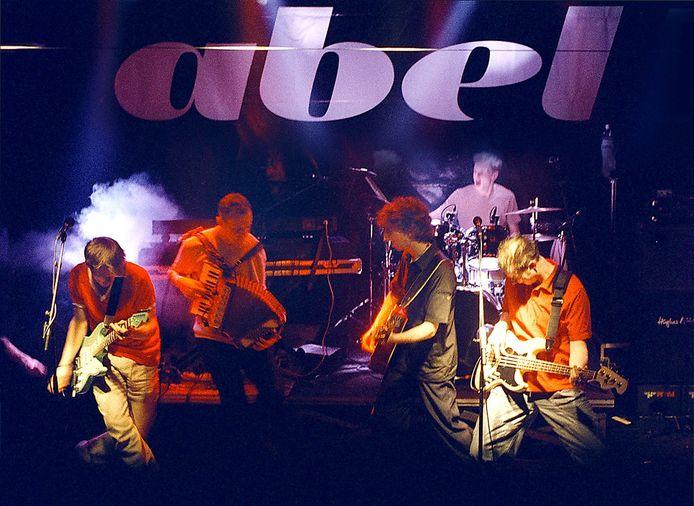 Archieffoto van Abel op het podium van het vermaarde Bredase popcentrum Para.
