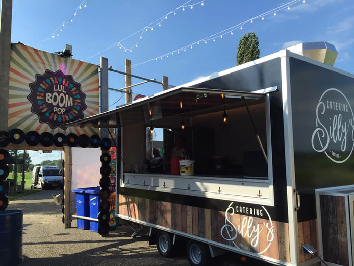 Catering van verbrande snackbar Silly's staat op festival Lulboompop