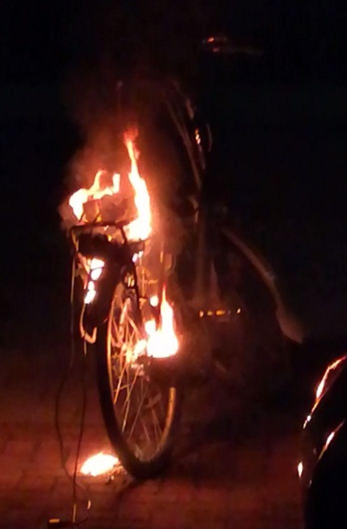 De brandende e-bike.