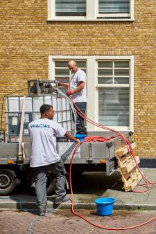 Bewoners wooncomplex Spangen: 'Hoofdpijn door giftige dampen'