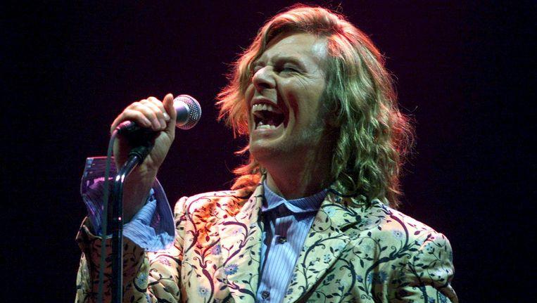 David Bowie bij het Glastonbury Festival in 2000. Beeld reuters