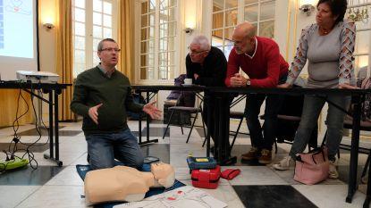 Kasteel d'Ursel leert medewerkers en bezoekers reanimeren