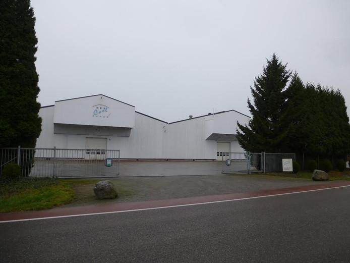 Aan uitbreiding op de huidige locatie verbindt de gemeente drie voorwaarden.