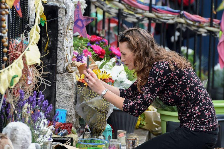 In Londen wordt de dodelijke Grenfellbrand van exact een jaar geleden herdacht.