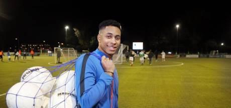 Sparta Nijkerk voegt broer van Ajax-tweeling toe aan de selectie