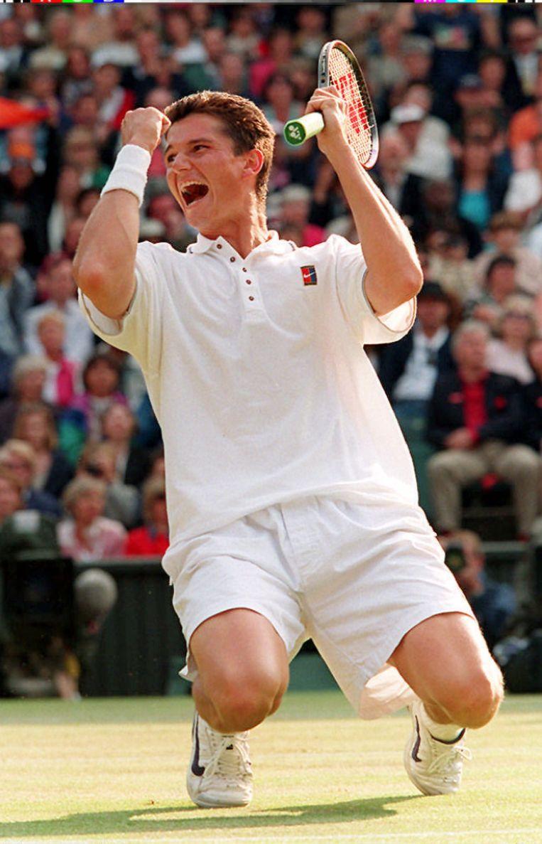 Richard Krajicek schrijft Wimbledon op zijn naam in 1996.  Beeld EPA