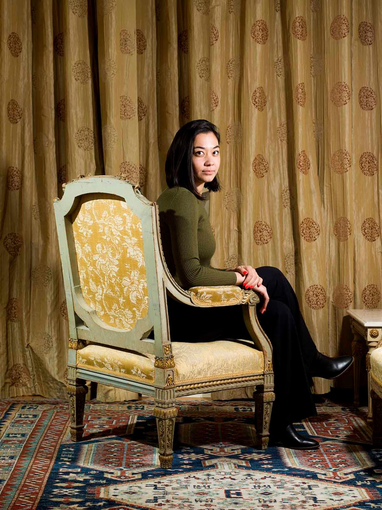 Chanel Miller in het Ambassade Hotel in Amsterdam. Beeld Eva Roefs