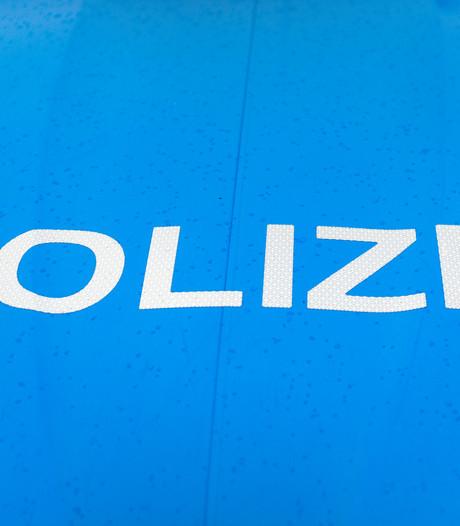 Twee nachtelijke straatroven in Vreden; politie vermoedt verband