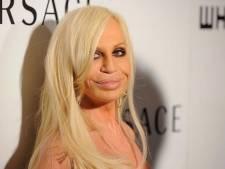 'Modehuis Versace voor twee miljard over in Amerikaanse handen'