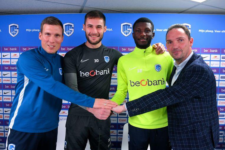 Coach Wolf, doelman Didillon (die alweer moet vertrekken), Kouassi en technisch directeur De Condé