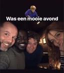 Gisteravond keken de acteurs van De Luizenmoeder samen in een café in Amsterdam naar de eerste aflevering