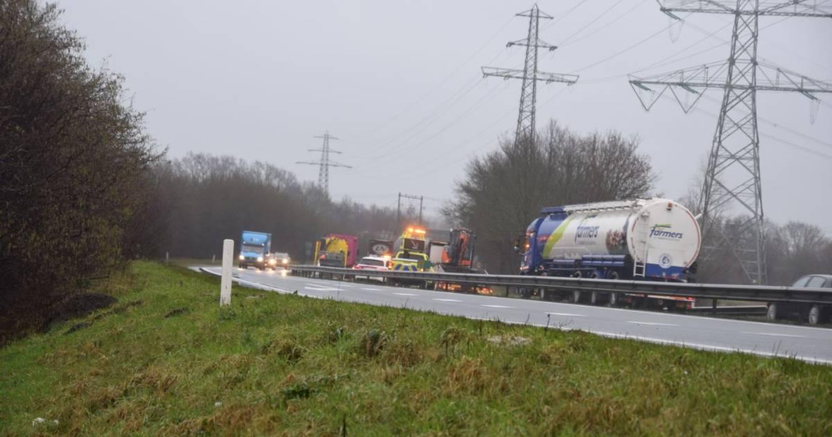 Verkeershinder na ongeluk in Wierden.