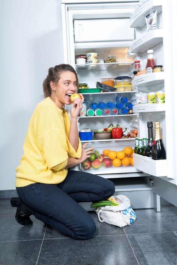 """Sanne Mouha: """"Eet bij voorkeur seizoensfruit, want dat is vaak langer houdbaar"""""""
