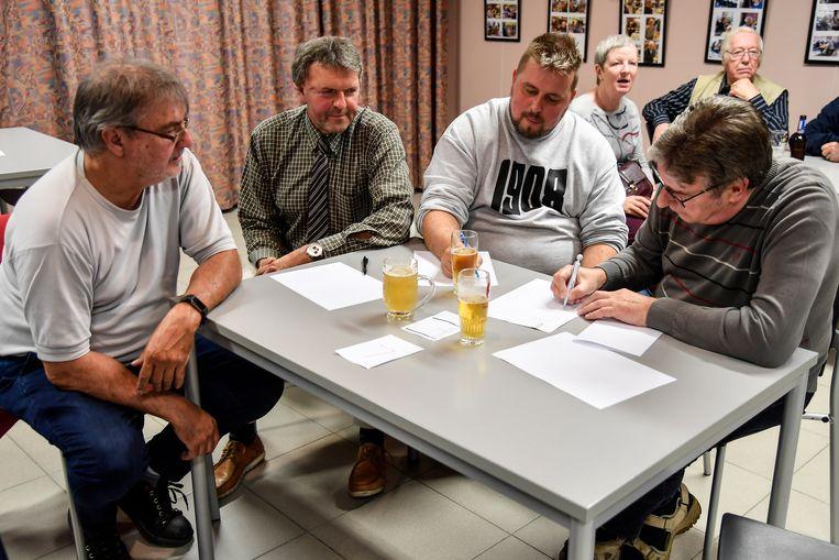 13 ploegen namen deel aan de quiz.