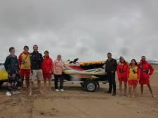 Redders krijgen jetski om zwemmers sneller te hulp te schieten