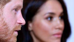"""Harry en Meghan krijgen kritiek op lancering Archewell tijdens coronacrisis: """"Ze denken echt alleen maar aan zichzelf"""""""