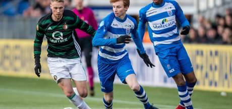 PEC-jongeling Sepp van den Berg (16): Vandaag tegen Jörgensen en Van Persie, morgen weer in de schoolbanken