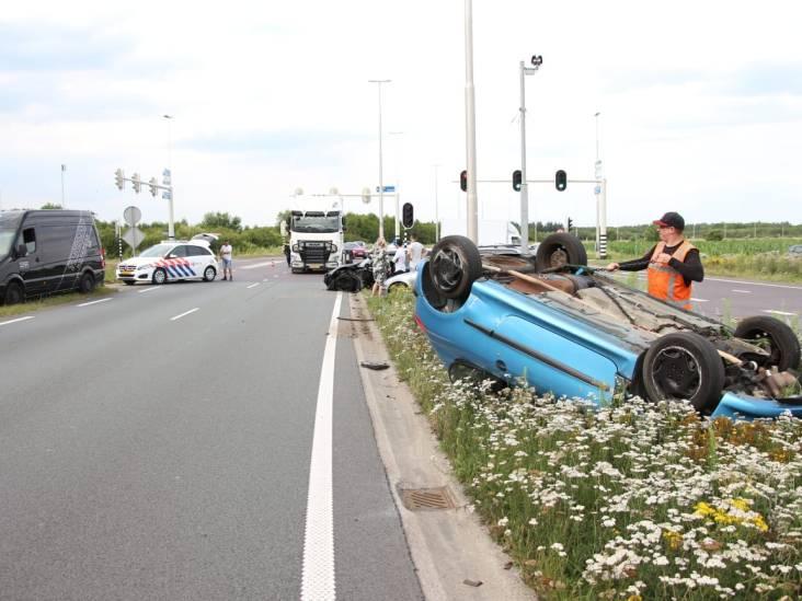 Bestuurder vlucht na ongeval met gestolen auto in Gilze
