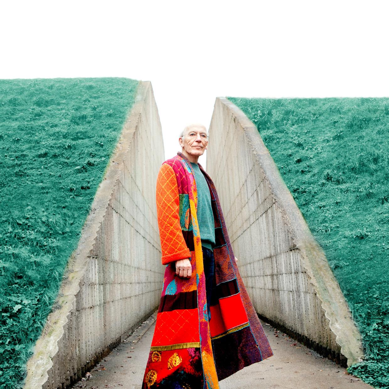Onno Bosma in Waterliniemuseum Fort bij Vechten: 'We wilden samen de wereld ingaan, en de samenleving beter en mooier maken. Daar heb je wel ein holdes Weib voor nodig.' Beeld Anouk van Kalmthout